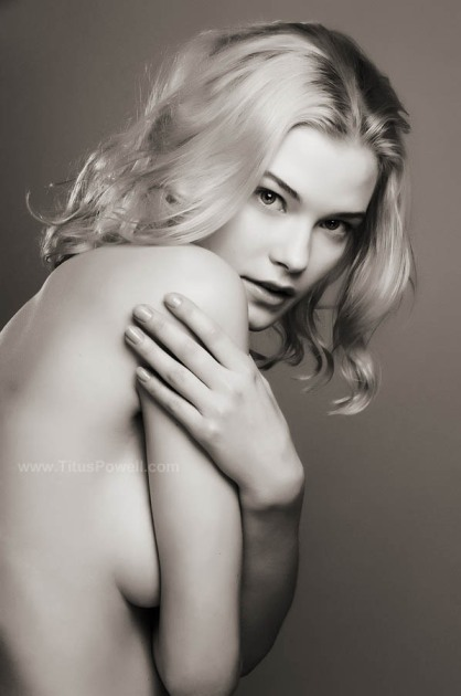 Barbora by Titus Powell