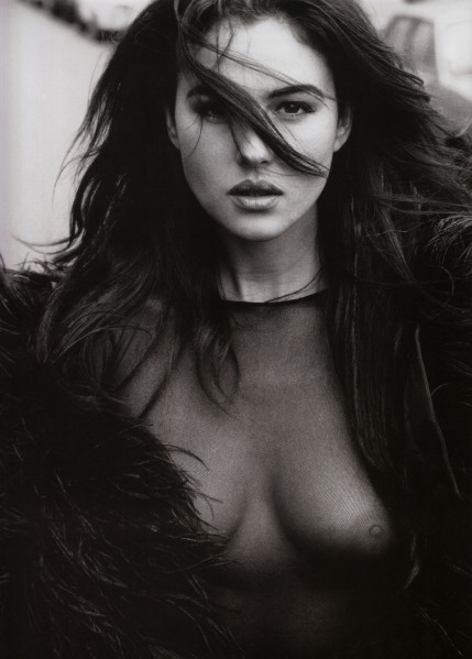 Monica Bellucci nude by Richard Aujard