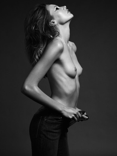 Mona Johannesson by Hasse Nielsen