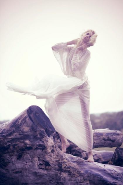 Photo by Simone Z