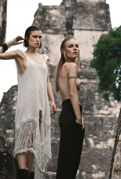 Jana Knauerova and Ania by Santiago Ruisenor